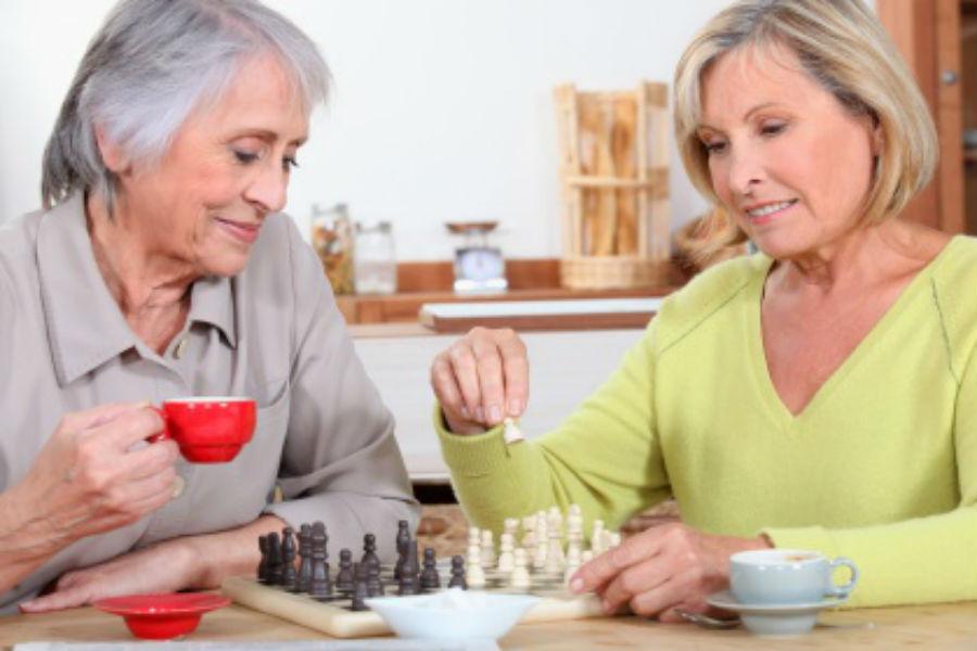 Seniors, vous n'êtes plus seuls(es) en résidence services seniors