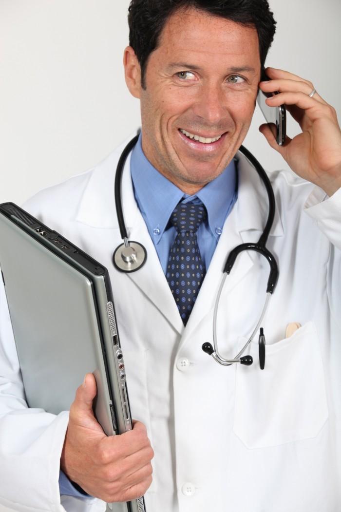 EHPAD et Résidences seniors : Quels soins ? Surveillance ?
