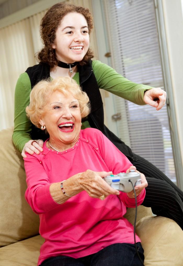 Seniors : Stimuler le cerveau pour bien vieillir !