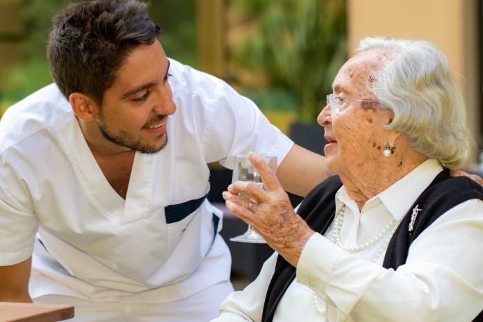 Quels sont les différents types de structures pour les personnes âgées
